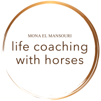Logo Mona El Mansouri